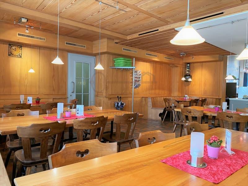 Mehrfamilienhaus mit Restaurantbetrieb - sehr gut erhalten (2)