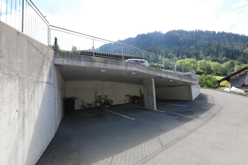 Mehrfamilienhaus mit Garage und Autounterstand (12)