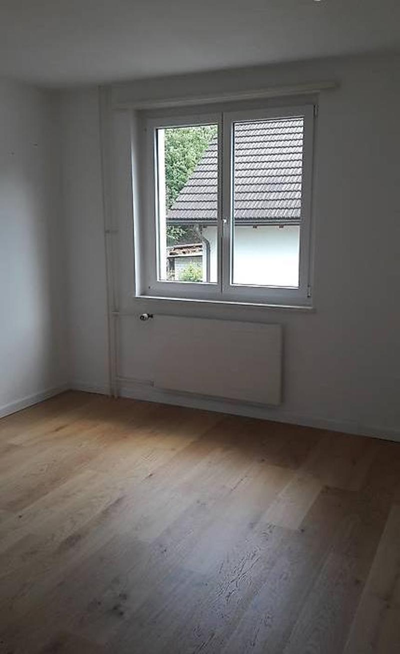 4.5 Zimmer Wohung mit Balkon (2)