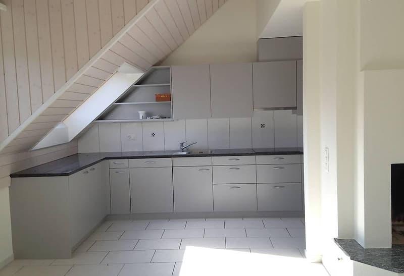 Wunderschöne 5.5 Zimmer Dach-Maisonette Wohnung (2)
