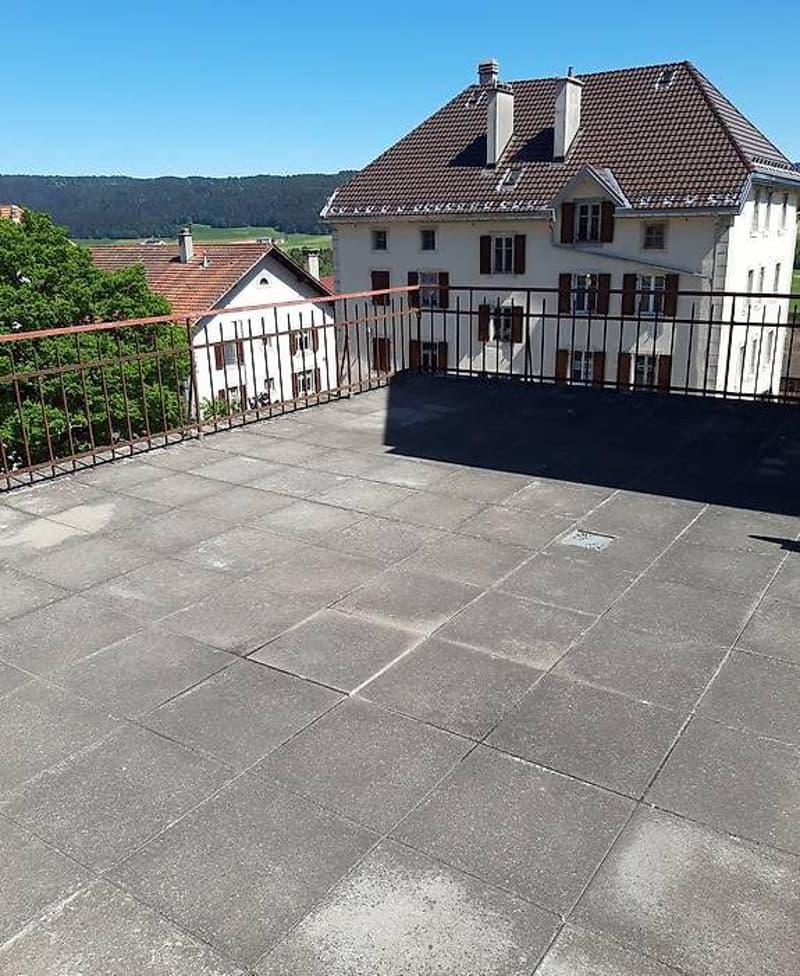 Les Ponts-de-Martel, 3.5 pièces, avec grande terrasse privée (5)