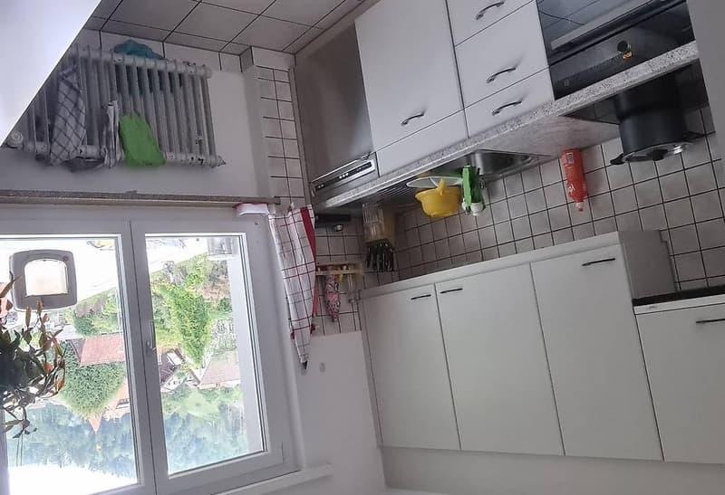 Zimmer einer 4,5 Zimmer wohnung zu vermieten (1)