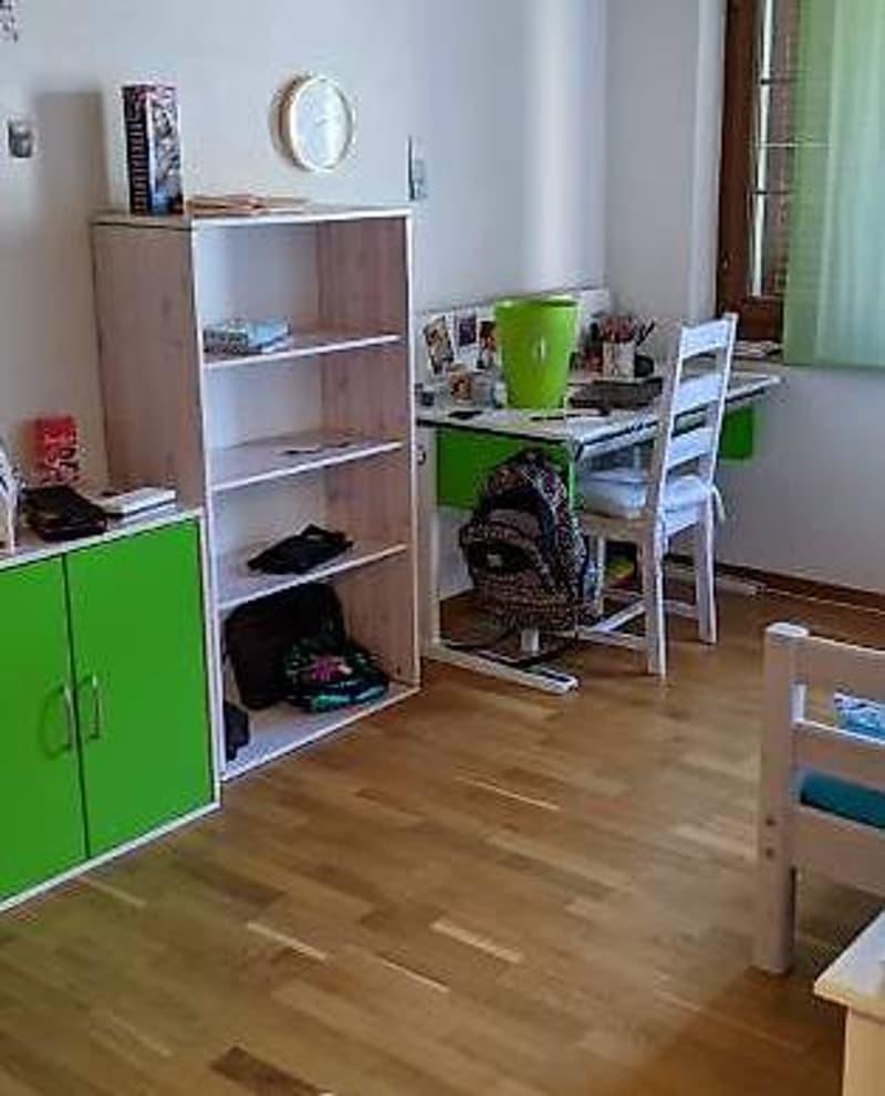 4 ½ Zimmer-Wohnung, an ruhiger Top Lage, in schöner Umgebung (2)