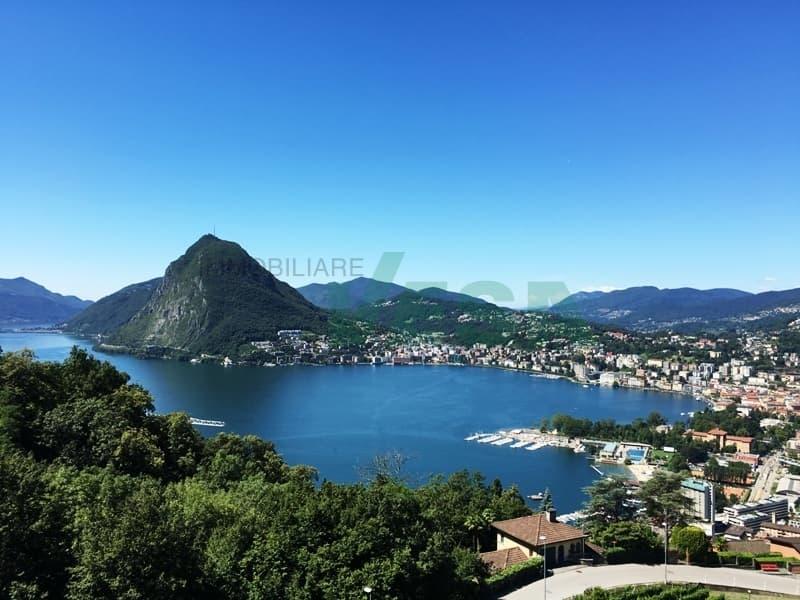 Grande proprietà con dépendance e piscina e con vista lago mozzafiato (1)