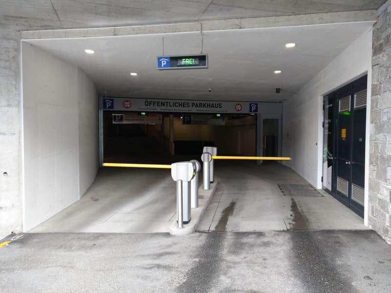 Auf die Plätze, fertig, los: bequem parkieren in Flims (2)