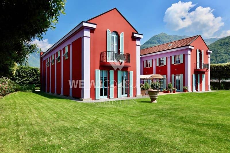 Herrschaftliche Villa in Bellinzona mit Aussicht ins Grüne zu verkaufen (1)