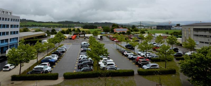 Parkplatzareal
