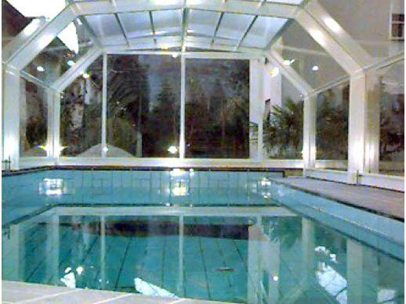 Bella piscina condominiale