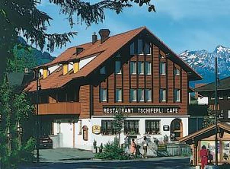 Restaurant mit Wohnungen im Herzen von Flüeli-Ranft