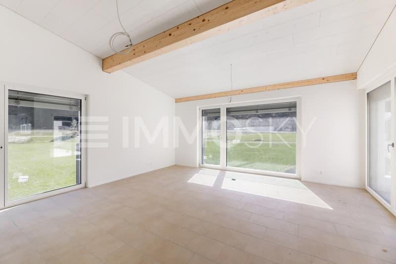 Lichtdurchfluteter Wohnbereich 3.5 Zimmer