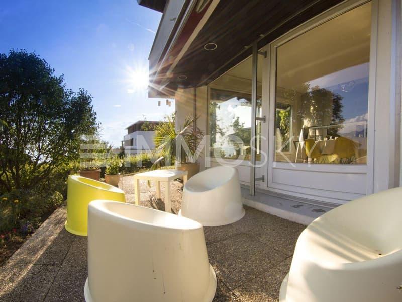 Profitez d'une terrasse parfaitement orientée