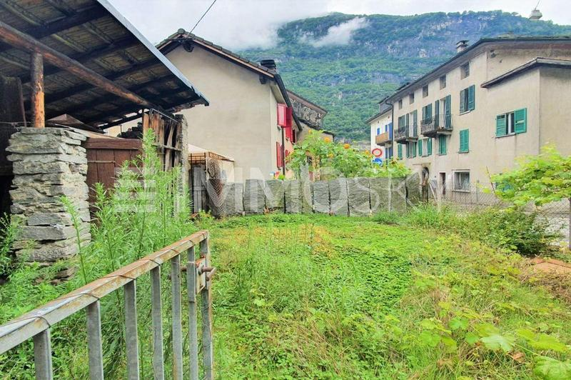 Giardino esteso / terreno edificabile