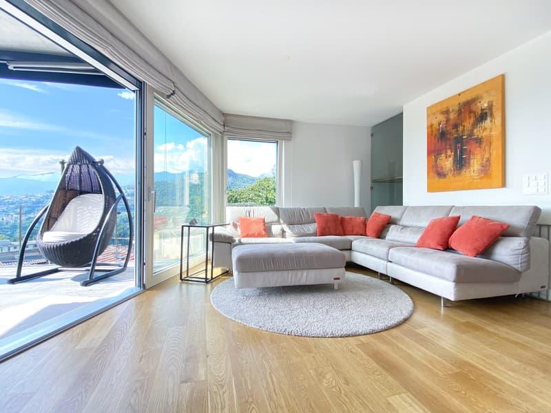 Moderna villa con tanto spazio e vista aperta! (2)