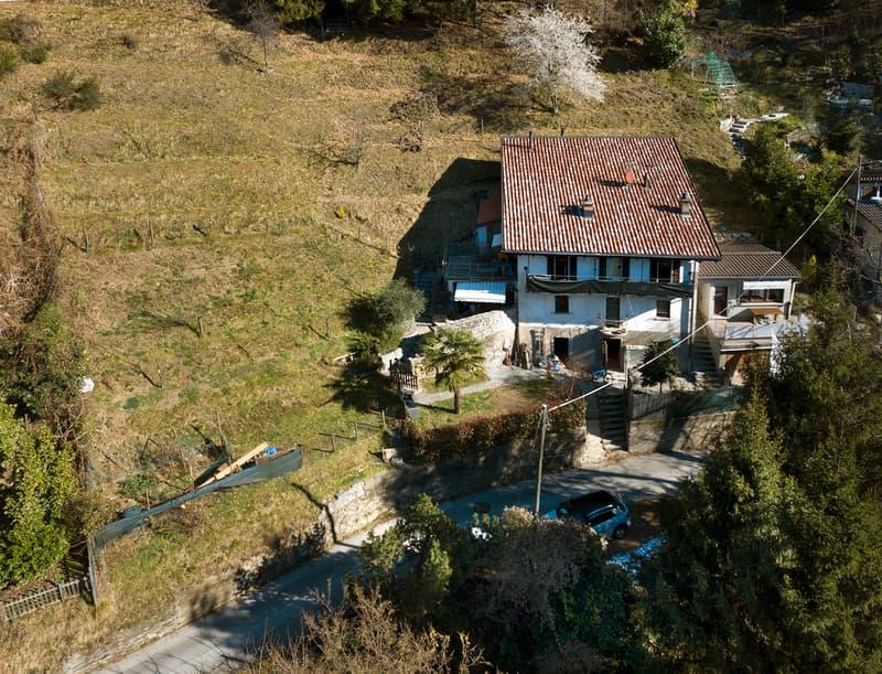 Accogliente casa bifamiliare ticinese immersa nel verde (9)