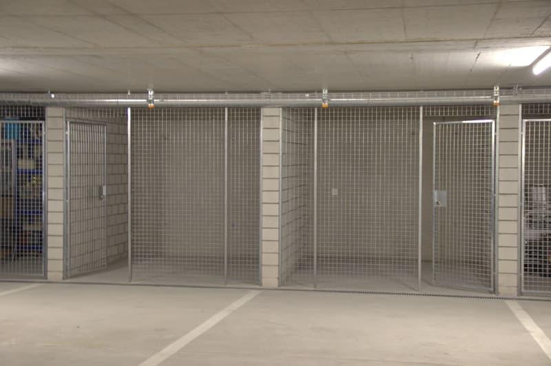 Komfortabler Doppel-Tiefgaragenplatz mit Abstellraum (2)
