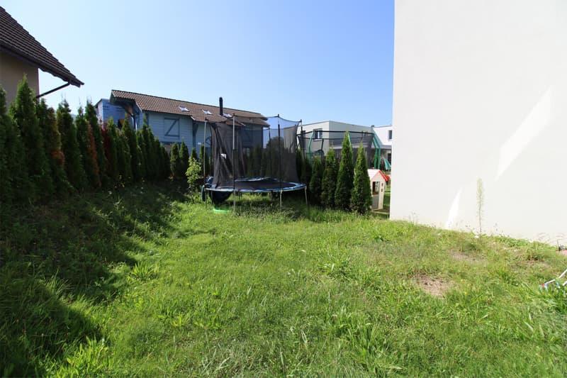 Schönes Doppeleinfamilienhaus an ruhiger Lage (13)