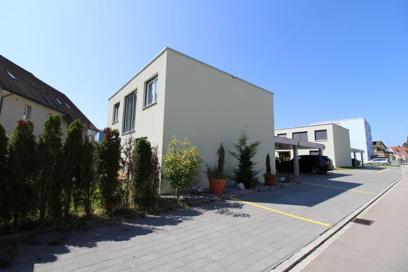 Schönes Doppeleinfamilienhaus an ruhiger Lage (1)