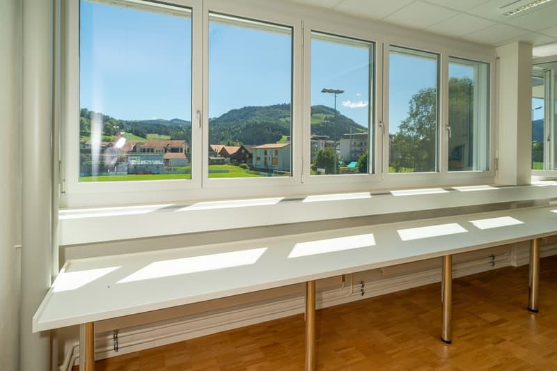 Büro mit Sicht ins Grüne