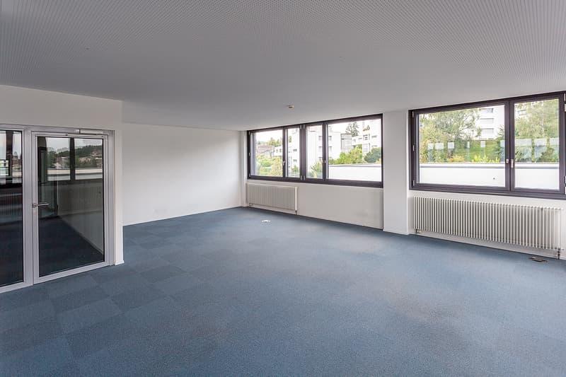 Büros und Ateliers mitten in Köniz (6)