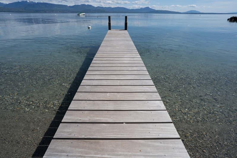 propriété pieds dans l'eau